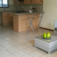 Pretoria North. For Sale.Modern,Spacious unit in small complex, Under cover parking. 2 bed,
