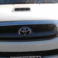 Toyota Hilux 3.0 D4D  Model 2012 Colour White 5 Door Factory A/C & MP3 Stero player