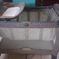 Camp Cot - Graco Quattro Tour Deluxe Travel System