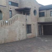 6bedroomhouse
