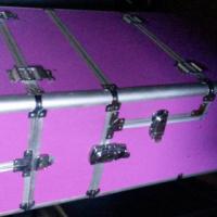 Roller makeup case