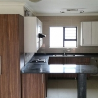 Upmarket Single room available in a 2 bedroom flat