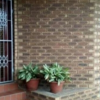 Large house for sale in Isipingo