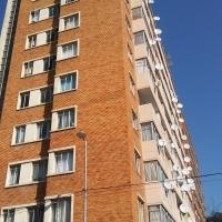 Flat 71 Warrington Hall, 54 Peterson Street, Joubert Park, Johannesburg - #Heidi