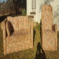 Victorian 2 Piece Lounge Suite Reclining