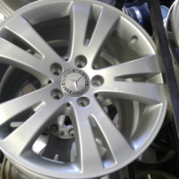 Mercedes Benz mags size 17inch set still in good condition