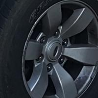 Ford ranger rims en tyres te koop R7500 ohb kontak 0763014733