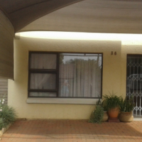Furnished garden flat to rent