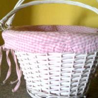 covered pick nick basket