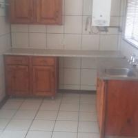 Pretoria Oos /Tuin Woonstel op kleinhoewe