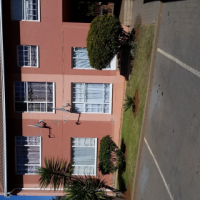 Very Neat 2 bedroom Ground Floor unit for Sale in Lindhaven, Roodepoort