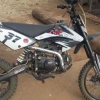 Gomoto crf 125 orion pitbike