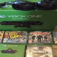 Microsoft Xbox One S 1TB + 2 Remotes + 5 Games Hott