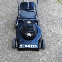 Stiletto 2000W electric lawnmower in excellent condition