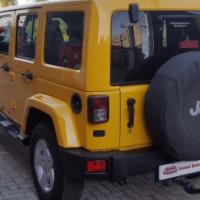 2015 32,000 JEEP WRANGLER UNLTD SAHARA 3.6L V6 A/T Yellow