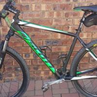 Scott XL Hardtail Mountain Bike