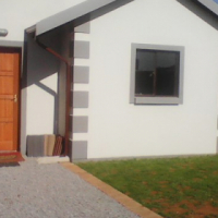 New Development in New Area Mohlakeng/Toekomrus on Show Sale