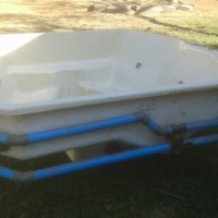 6 seater Jacuzzi with pump for sale.