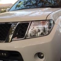 NissanNavara2.5DCILED/CabAutomaticImmaculate2013