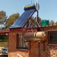 2 Bedroom house on 1ha plot for sale in Estoire, Bloemfontein