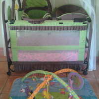 5 IN 1 CAMPING COT , PLUS PLAYING GYM
