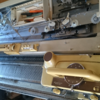fore Sale Knitting machine