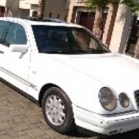 Call Haroon on 2000 Mercedes Benz E230