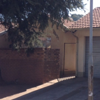 Beautiful 4 Bedroom house available in Kagiso