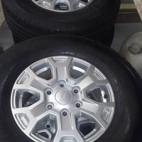 Ford Ranger XLT Rims and tyres
