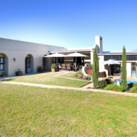 Exceptional Family Home in Somerset West