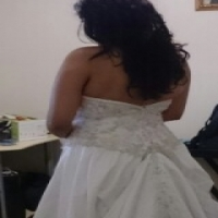 BEAUTIFUL STRAPLESS WEDDING GOWN FOR SALE WITH SWAROVSKI CRYSTALS