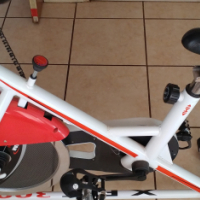 TROJAN X FIT 300 EXERCISE BIKE