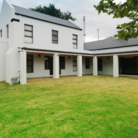 Private and tranquil lifestyle in Somerset West is calling
