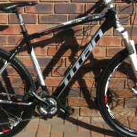TITAN Sport 29er mountain bike
