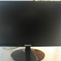 """Samsung S19D300NY 18.5"""" LED Monitor"""