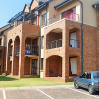 BACHELOR APARTMENT FOR SALE IN CARLSWALD, MIDRAND