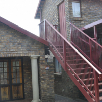 FOR SALE: 3 BEDROOM HOUSE WITH HEATED POOL IN GARSFONTEIN PRETORIA EAST