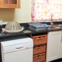 FULLY FURNISHED 3 BEDROOM HOUSE TO LET IN MUCKLENEUK