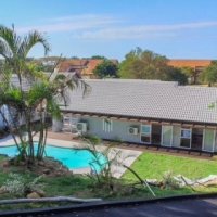 Modern, Bright, Pristine Home in PRIME POSITION of Umhlanga Rocks
