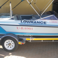 Carrera bow rider with 135 V6 Mariner in excellent condition