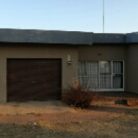 5 bedroom house available Randfontein