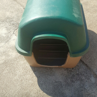 Plastic kennel for sale
