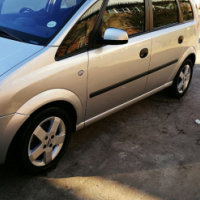 Opel Mariva for sale