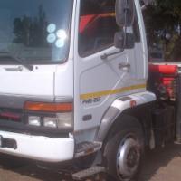 2010 Mitsubishi Fuso FM15-253 crane truck with tagaxle