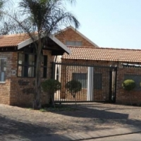 39 FAIR VIEW VILLAGE 2 BEDROOM TOWNHOUSE FOR R 5 800 IN ANNLIN