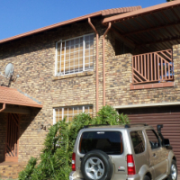 Beautiful Townhouse in Magalieskruin, Pretoria.