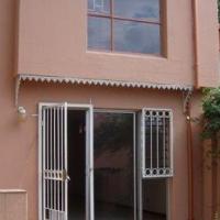 Garsfontein 3Bedroom and  double   garage