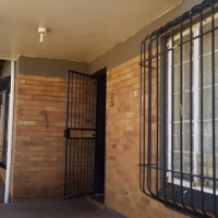 Modern 4 Bedroom house and 2-bedroom cottage All in one to rent in Primrose Germiston