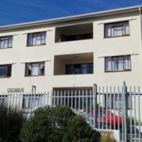 Immaculate, north facing, newly renovated one bedroom flat in prime