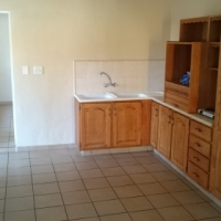 Neat granny flat in Boksburg West to rent (including full DSTV)